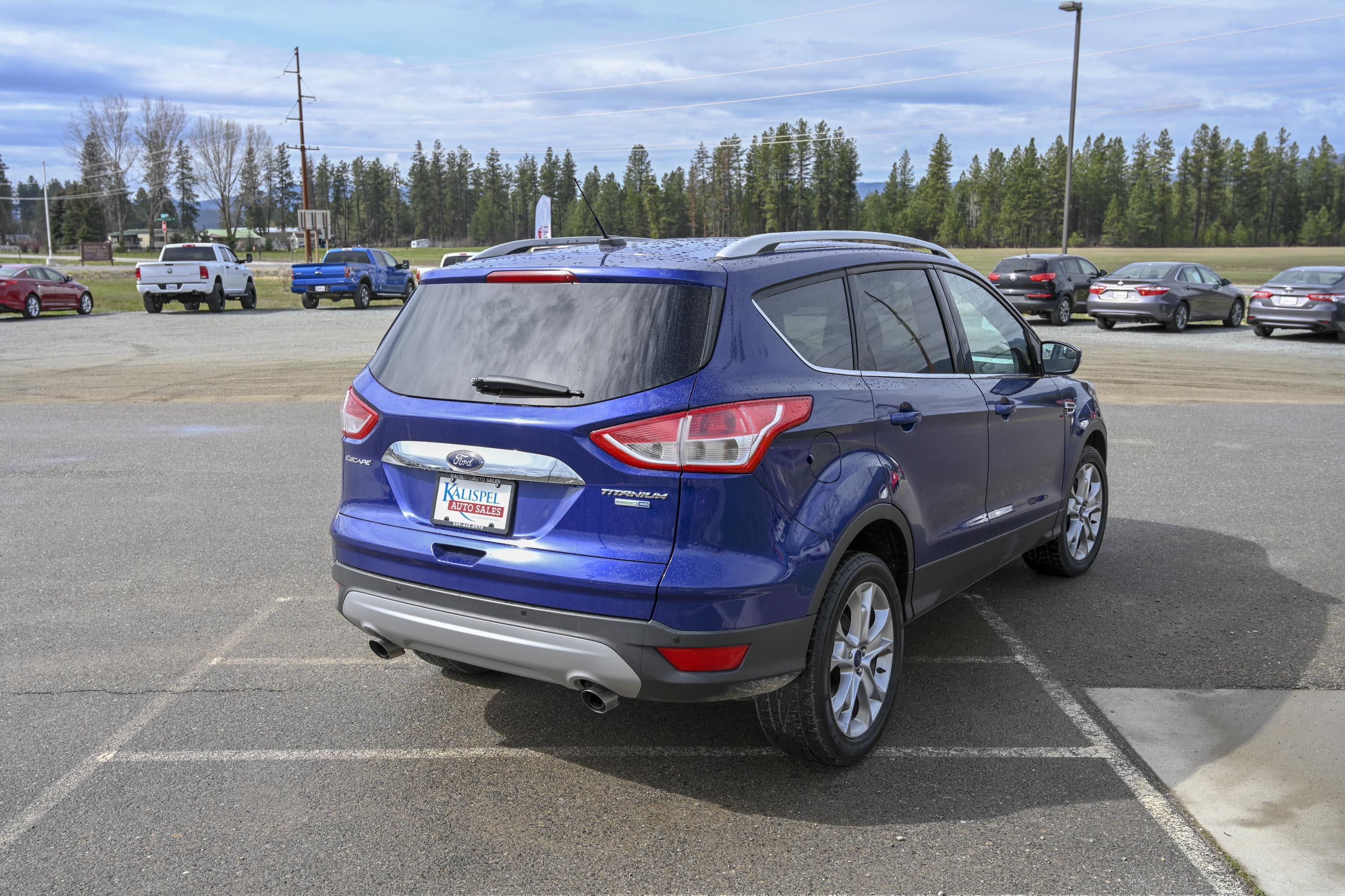 16 Ford Escape 10