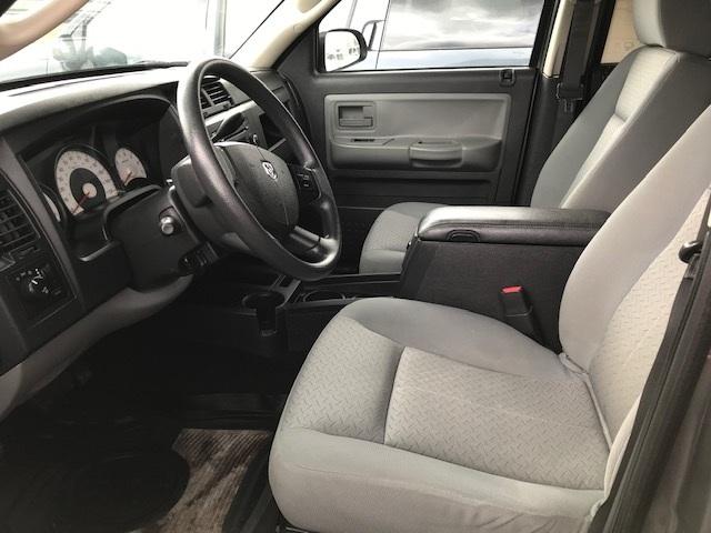 2008 Dodge Dakota 5