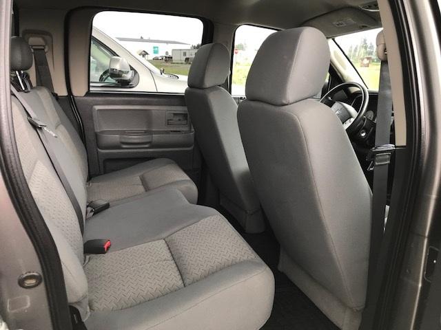 2008 Dodge Dakota 8
