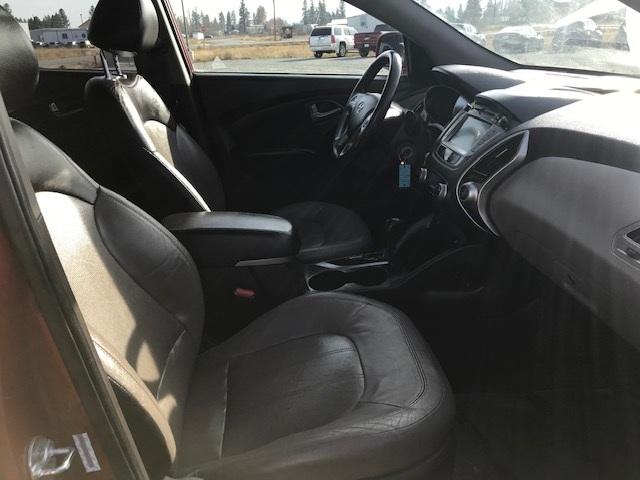 2010 Hyundai Tuscon 1