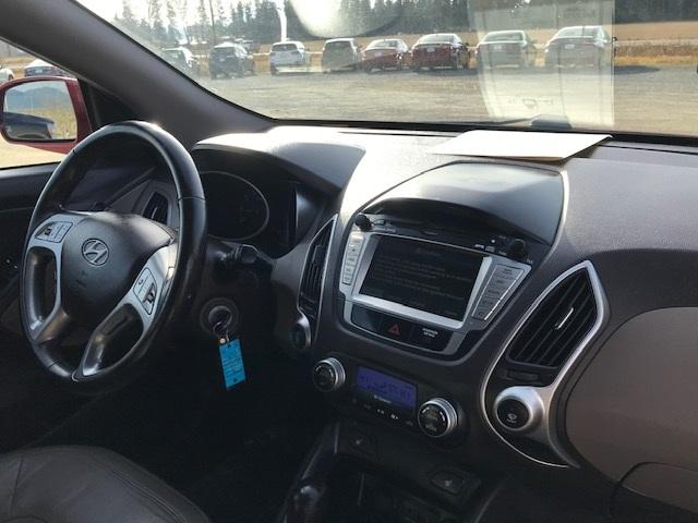 2010 Hyundai Tuscon 12