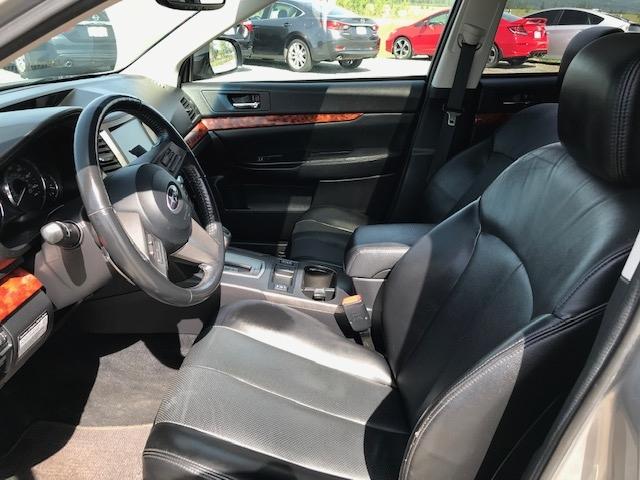 2010 Subaru 8