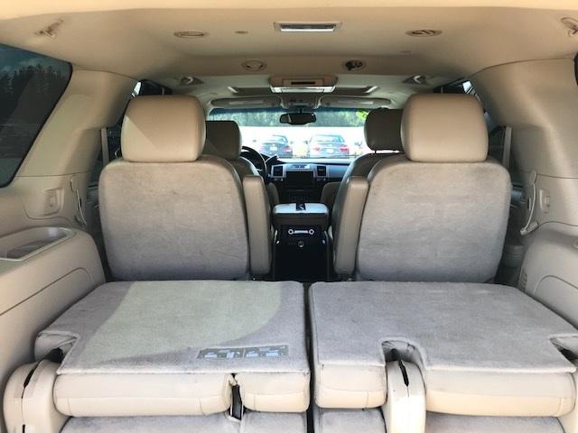 2011 Cadillac Escalade 13