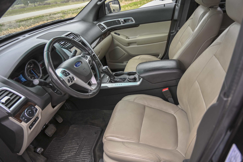2015 Ford Explorer 11