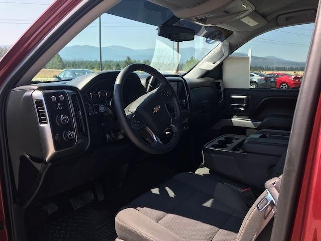 2017 Chevy Silverado 18