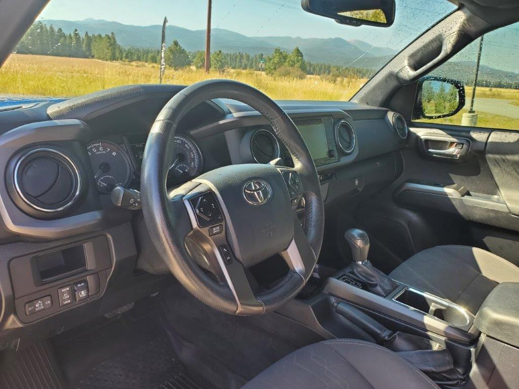 2017 Toyota Tacoma 6